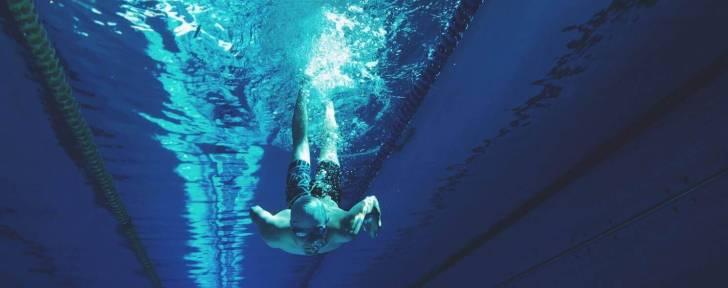 6 conseils pour une nage intelligente en triathlon