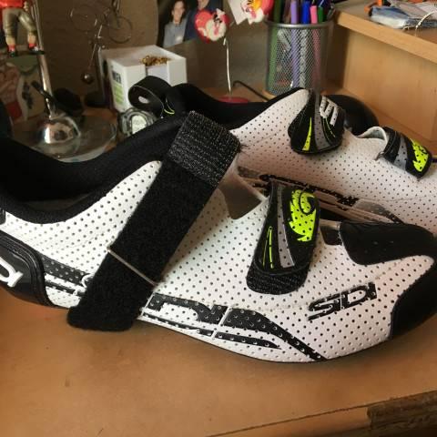 1420-chaussures-velo-triathlon-E3C29314-F7E6-43E9-8089-BEF05E66F633.jpeg
