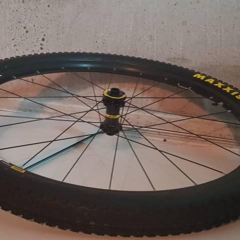 1456-roues-velo-20201020_074326.jpg