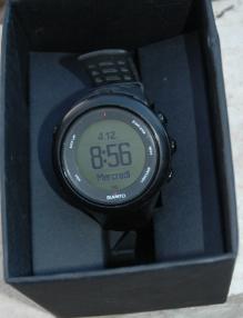 9-montres-gps-Suunto-10.png